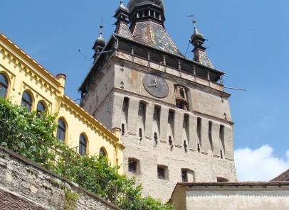 """Top 3 """"V"""" – Oraşe medievale din Transilvania"""