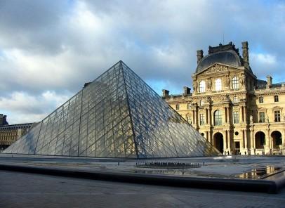 Luvru, cel mai vizitat muzeu din lume