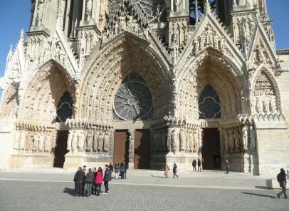 """Vacanţă în Franţa: Reims şi """"le vin du diable"""""""