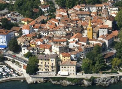 Vacanţă în Croaţia: Lovran – oraşul dafinului