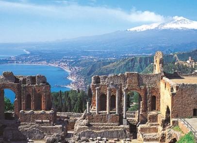 Vacanță în Sicilia. Insula dintre două mări
