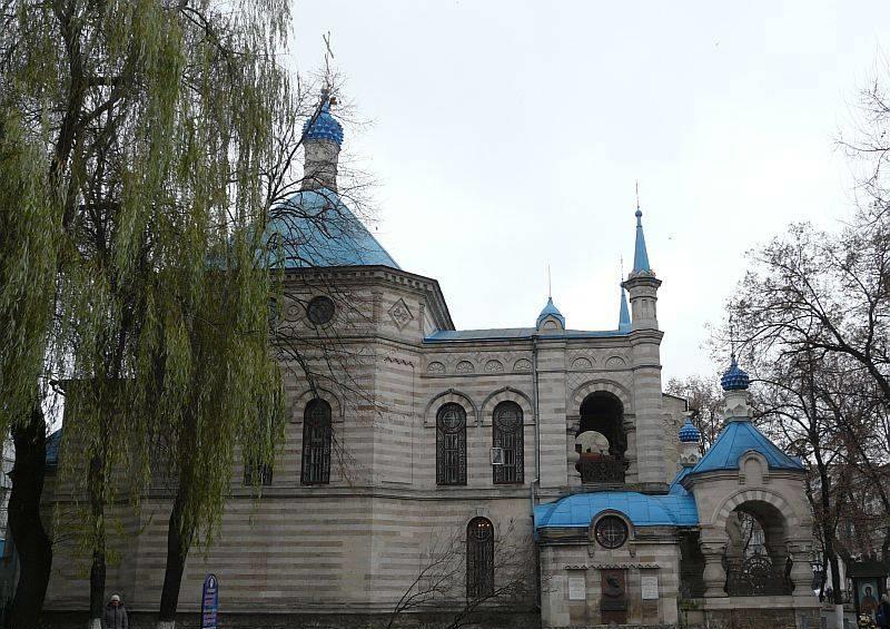 vacanta-basarabia-chisinau-catedrala