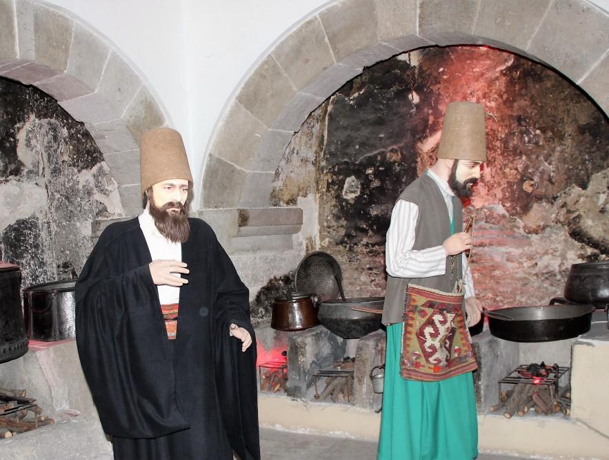 Pregătirea cinei, în bucătăria de la Konya