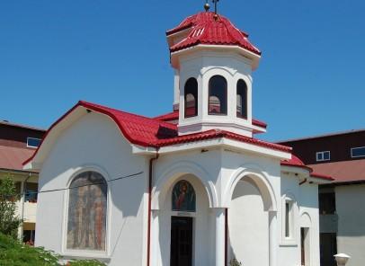 Locuri ocrotite de ape si soare: Manastirea Sfanta Elena de la Mare