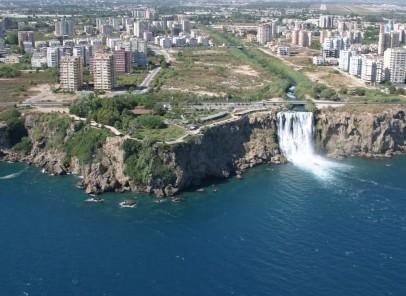 Top destinații de vacanță în Turcia: Antalya, Kusadasi și Bodrum