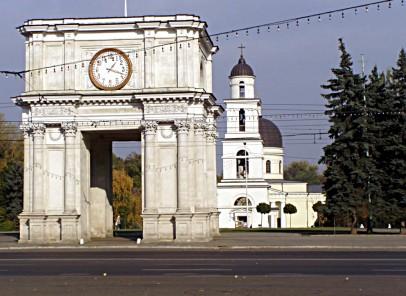 """Vacanță în Basarabia. City-break în """"Orașul de piatră albă"""""""